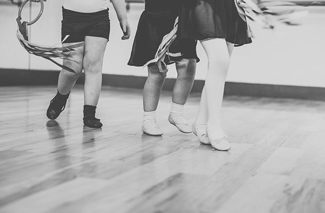Tiptoe Ballet.