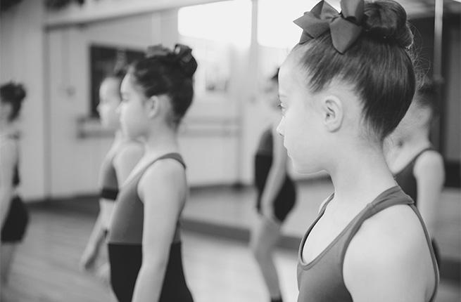 Pre-Primary Modern Dance.